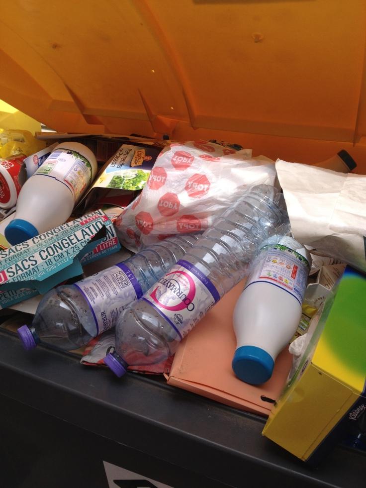 Des déchets pas très bien triés